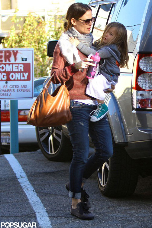 Jennifer Garner Gets Back to LA and Fun With Her Little Ones