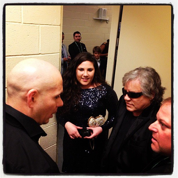 Pitbull ran into legendary musician José Feliciano during AMA rehearsal. Source: Instagram user pitbull