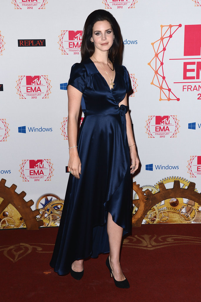 Lana Del Ray posed on the red carpet at the MTV EMAs in Frankfurt.