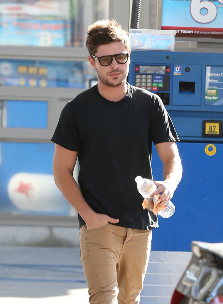 Zac Efron stopped for a snack.