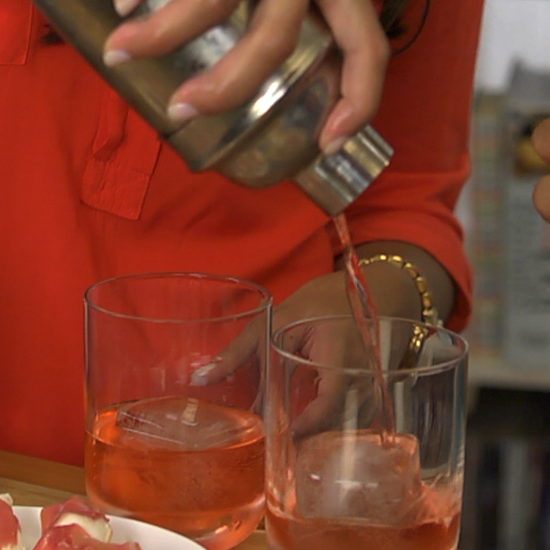Whet Your Appetite With a Negroni Cocktail