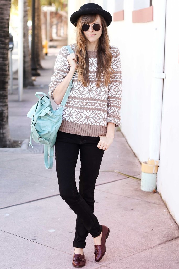 We love how a pop of mint green lends a little unexpected dimension to a wintry ensemble. Source: Lookbook.nu