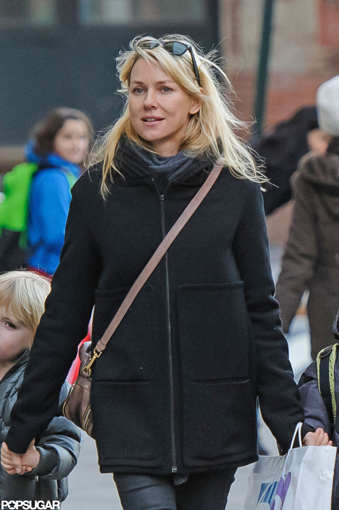 Naomi Watts propped her sunglasses on her head.