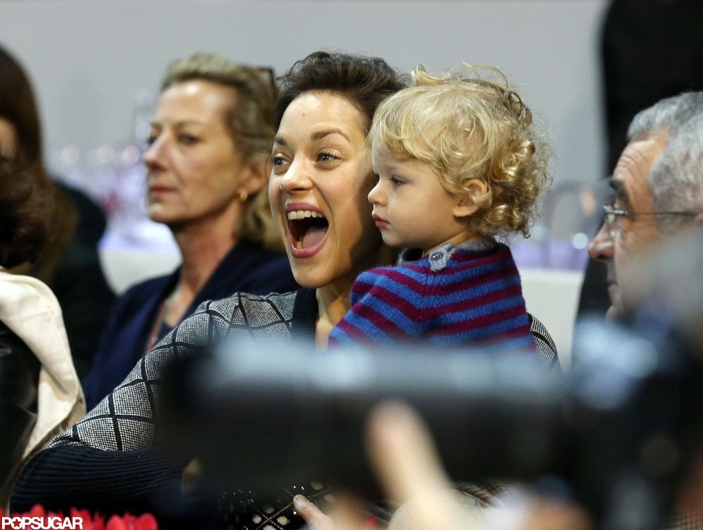 Marion Cotillard got excited while watching the Paris Masters with her son, Marcel.