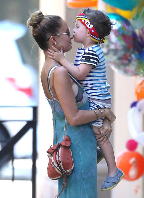 Sparrow Madden Celebrates With Mom