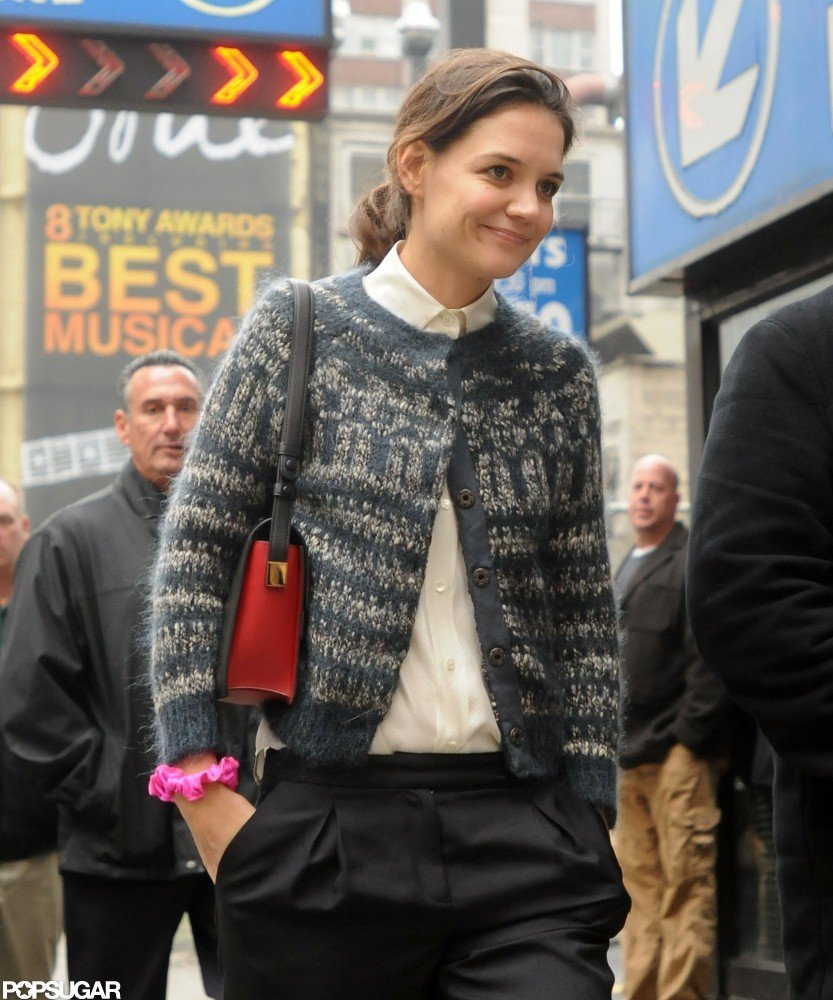 Katie Holmes walked to the Music Box Theatre.