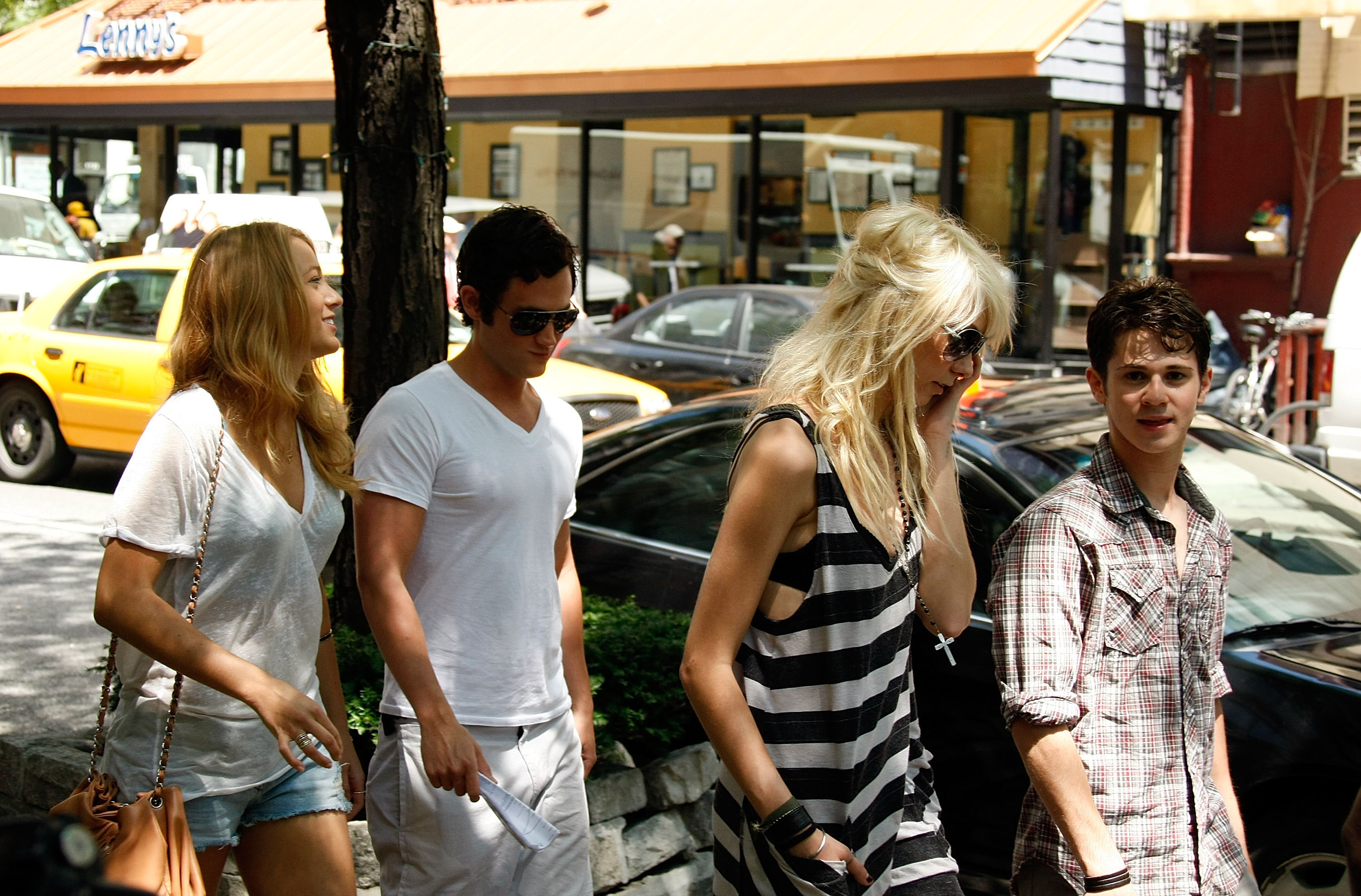 The cast hung out away from the set in July 2009.