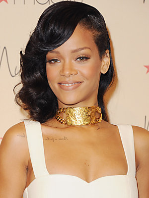 ... rihanna start slideshow view gallery posts view 154 videos of rihanna