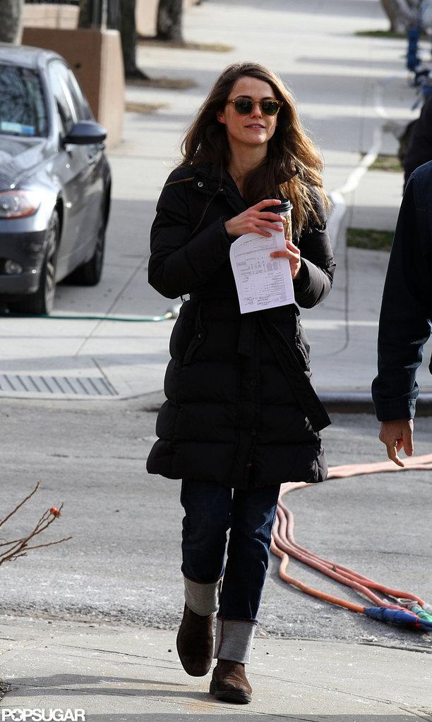 Keri Russell wore sunglasses on set.