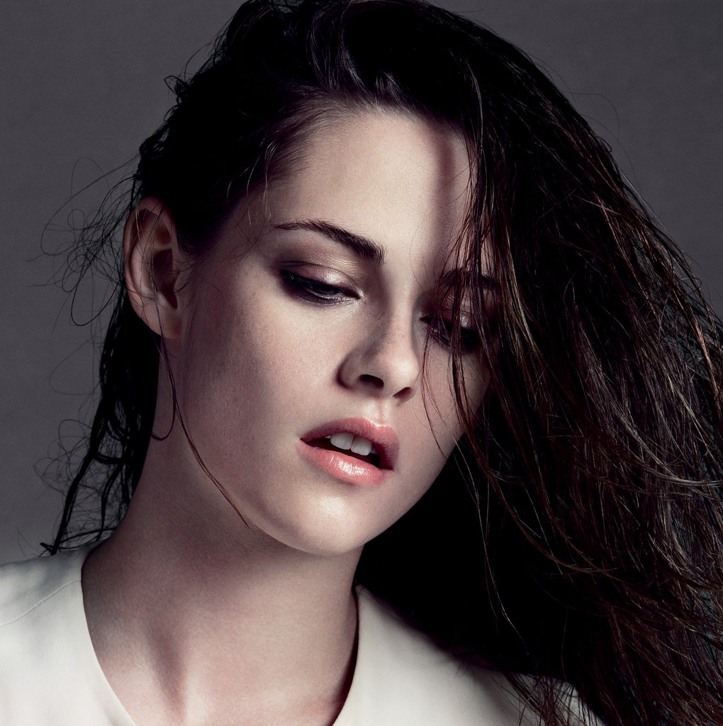 Kristen Stewart did a photo shoot for V magazine. Source: Inez & Vinoodh for V Magazine, out Jan. 10