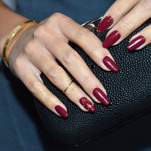 Celebrity Beauty: Red Nails On Ashley Madekwe, Jessica Biel