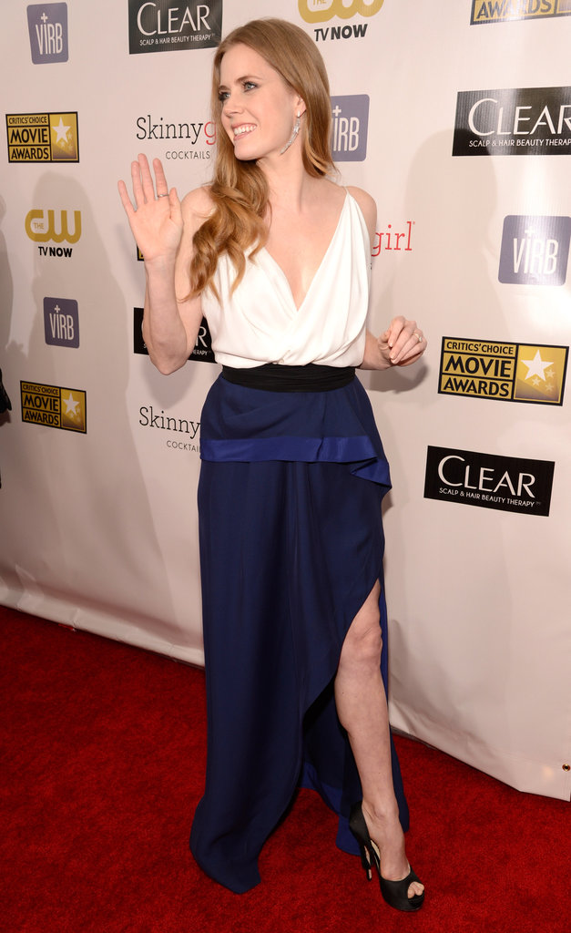Amy Adams waved on the red carpet.