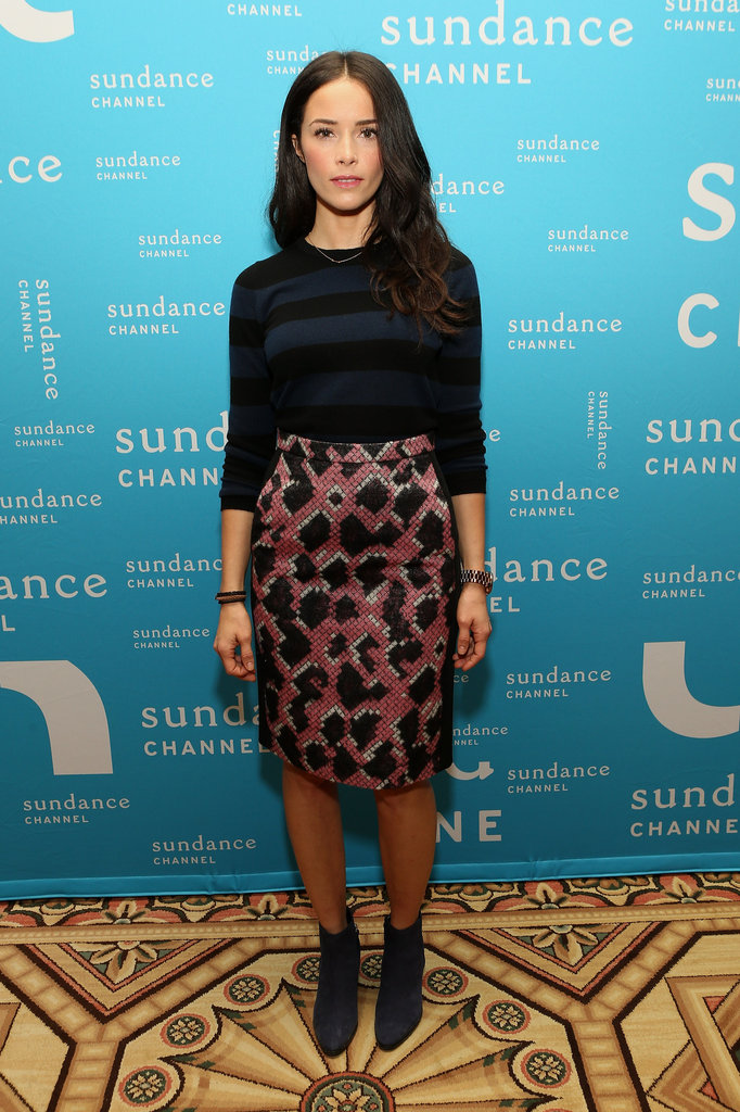 Abigail Spencer stepped out for the Winter TCA panel in a printed pencil skirt and subtle striped top, plus right-on-point Winter booties.