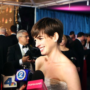 Anne Hathaway at Golden Globes Afterparty (Video)