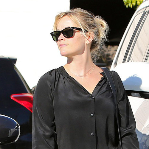 Reese Witherspoon Wears a Parka in LA | Pictures