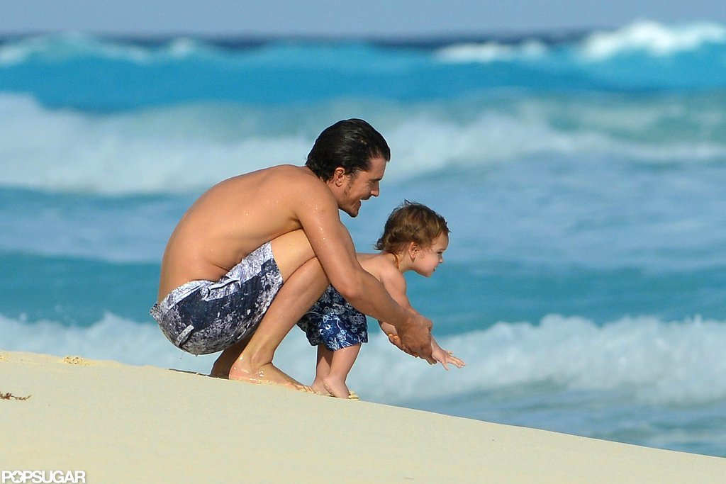 Orlando Bloom and Flynn checked out the water in Mexico.