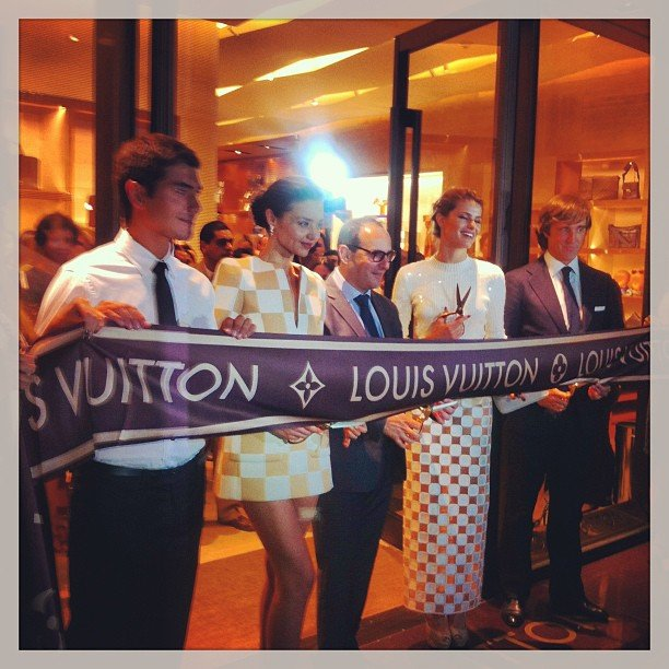 Miranda Kerr helped open the Louis Vuitton boutique in Cancun. Source: Instagram user mirandakerrverified