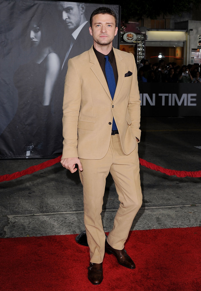 Justin showed off a risky color combo at the In Time premiere in October 2011 —his camel-colored suit, brown shirt, and navy tie worked surprisingly well together.