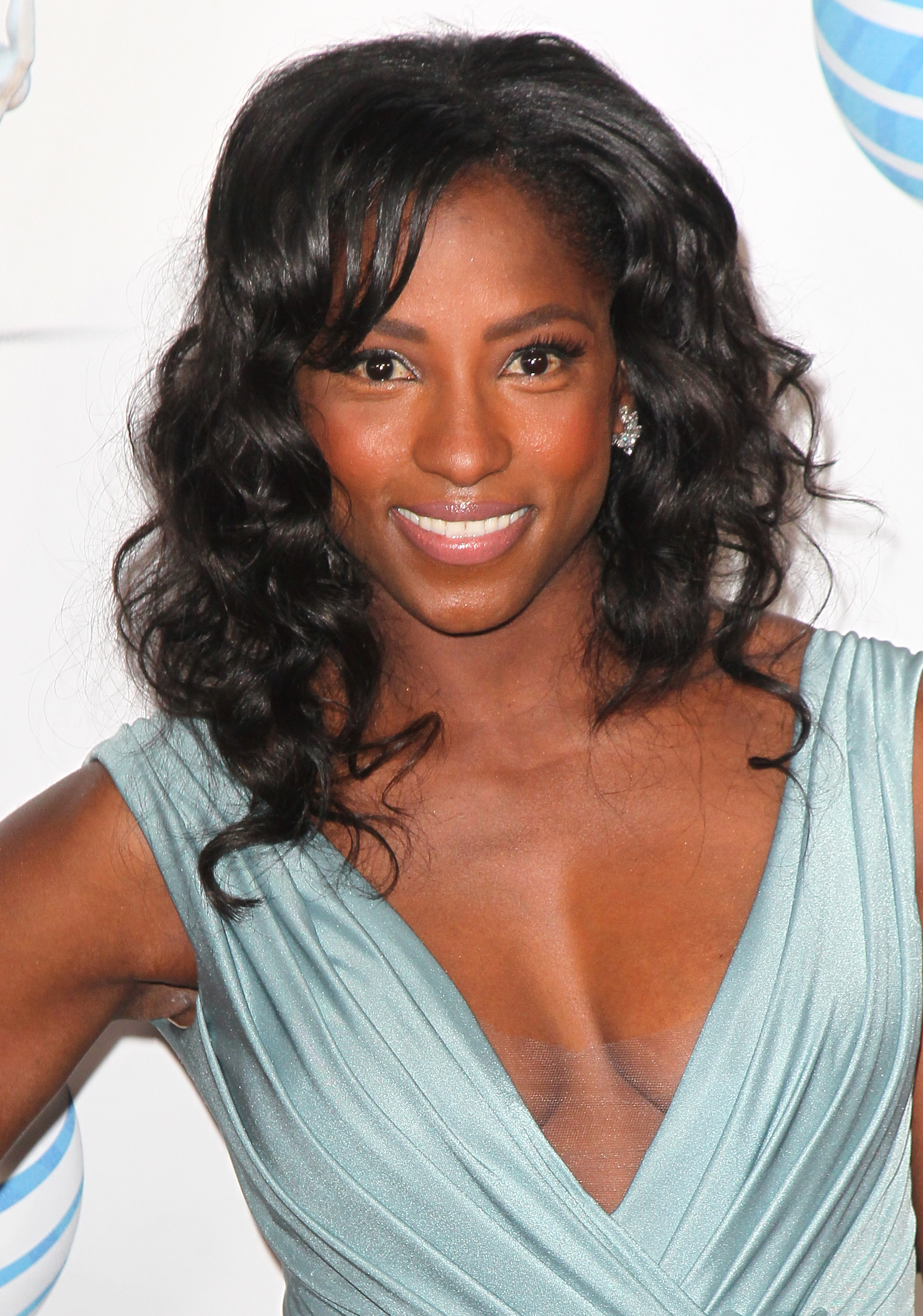 Rutina Wesley earned a  million dollar salary - leaving the net worth at 4 million in 2018