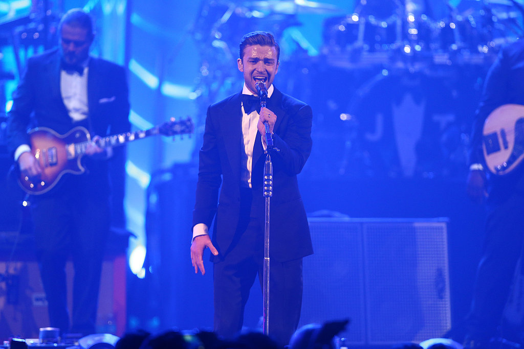 "Justin Timberlake delivered a live performance of ""Suit & Tie"" on Saturday night during Super Bowl weekend 2013."