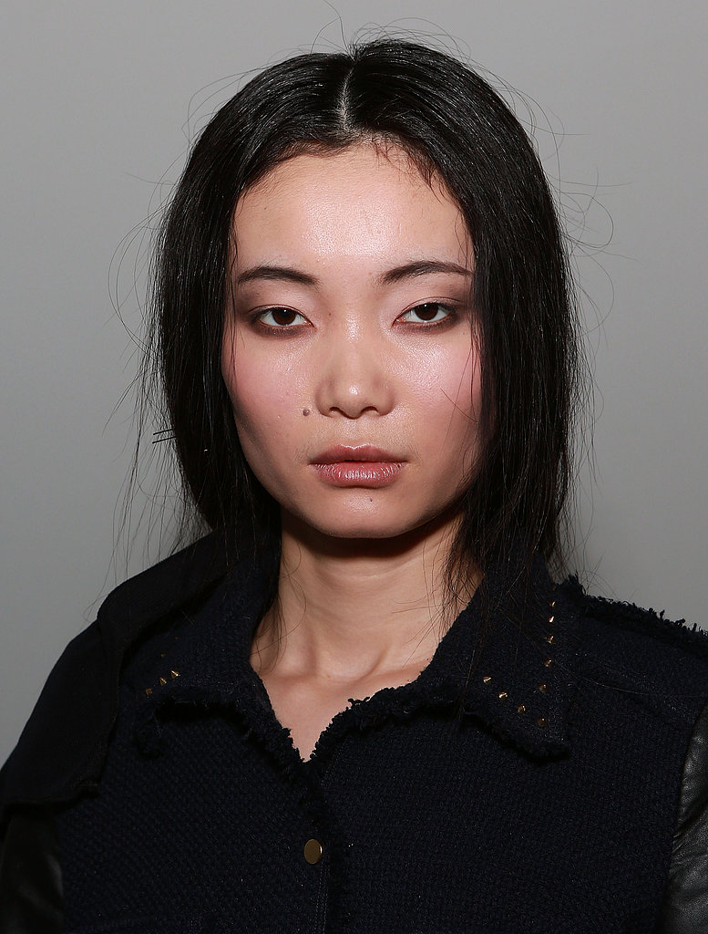 """""""We want her to look like she put her liner on and didn't really look in the mirror,"""" Soane said. """"We're keeping the liner looking messy, effortless, and cool."""" The makeup look was finished off with subtle touches. Soane swept a wash of pink across the cheeks and a soft pink on the lips."""