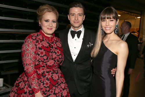 Adele met up with Justin Timberlake and Jessica Biel backstage.