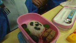 Japanese Moms Create Incredible School Lunches