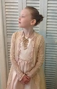 8-Year-Old Girl Dresses in a New Costume Everyday (PHOTOS)