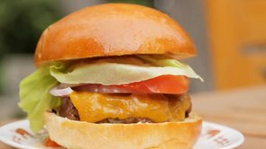 The Easy Technique to Perfect Burgers (VIDEO)