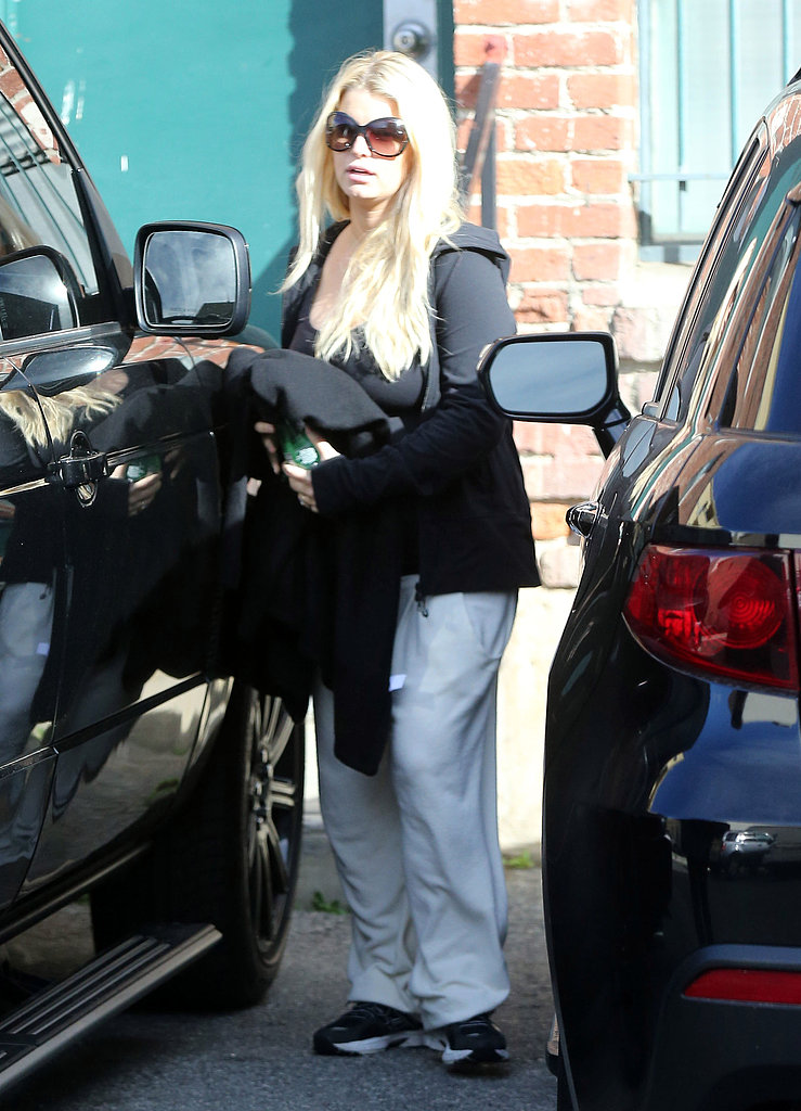 Jessica Simpson headed home after shopping.
