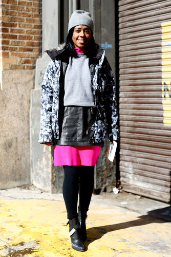 Sporty-gone-girlie with a perfect hot-pink pop.