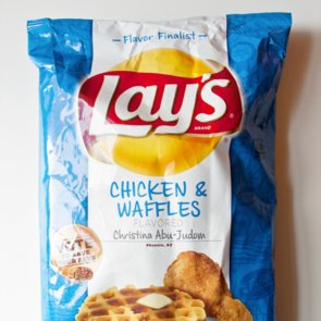 Lay's Chicken and Waffles Chips Review