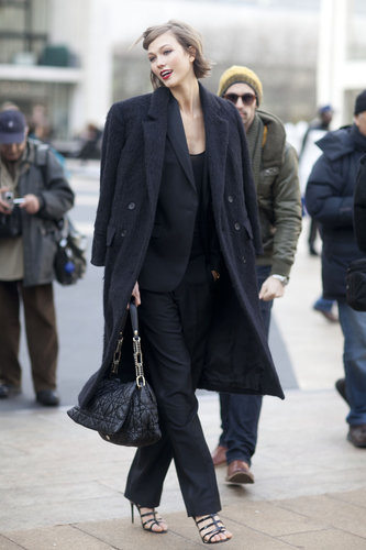 Karlie Kloss exuded effortless elegance leaving the shows in a classic suit and gorgeous, textured coat.