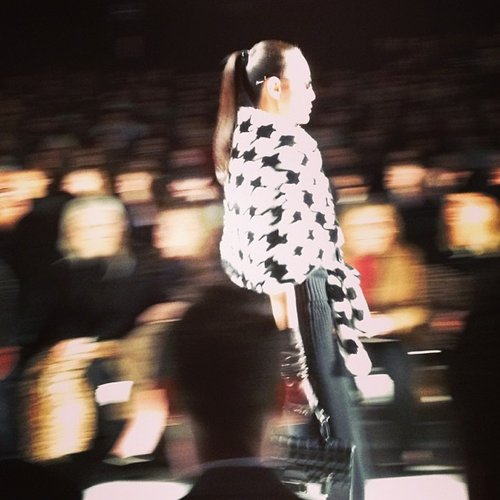 Houndstooth in motion.