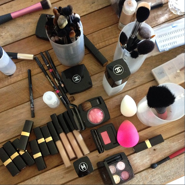 Celebrity makeup artist Beau Nelson got prepped for the Oscars. Source: Instagram user beau_nelson