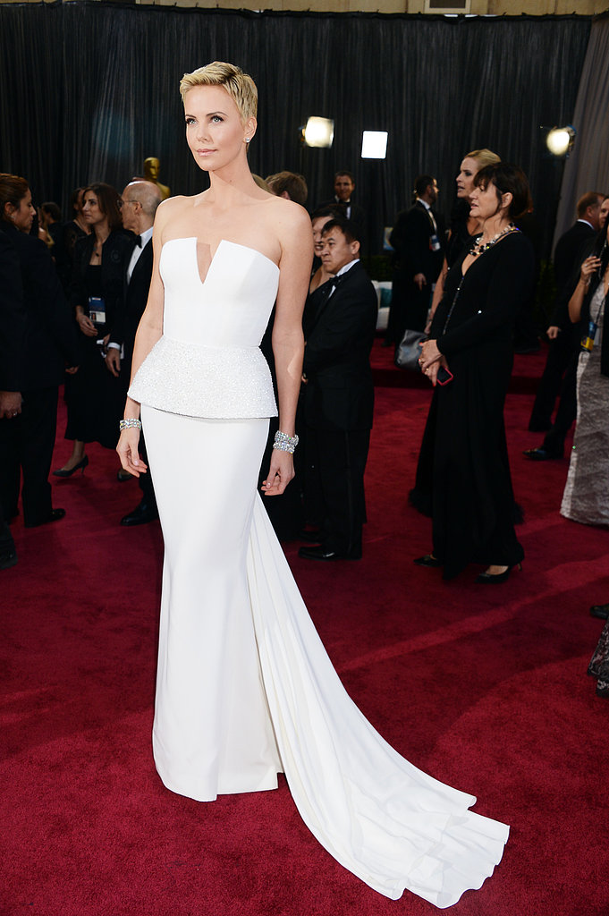 Charlize Theron Pictures in Dior at 2013 Oscars | POPSUGAR Celebrity ...