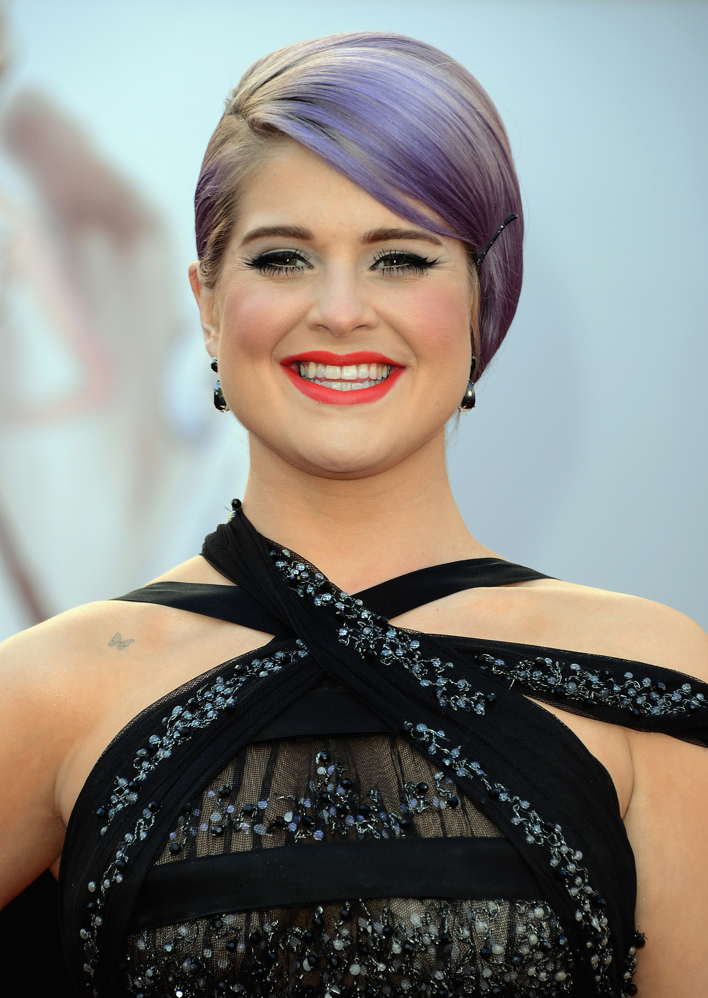 Kelly Osbourne on the red carpet at the Oscars 2013.