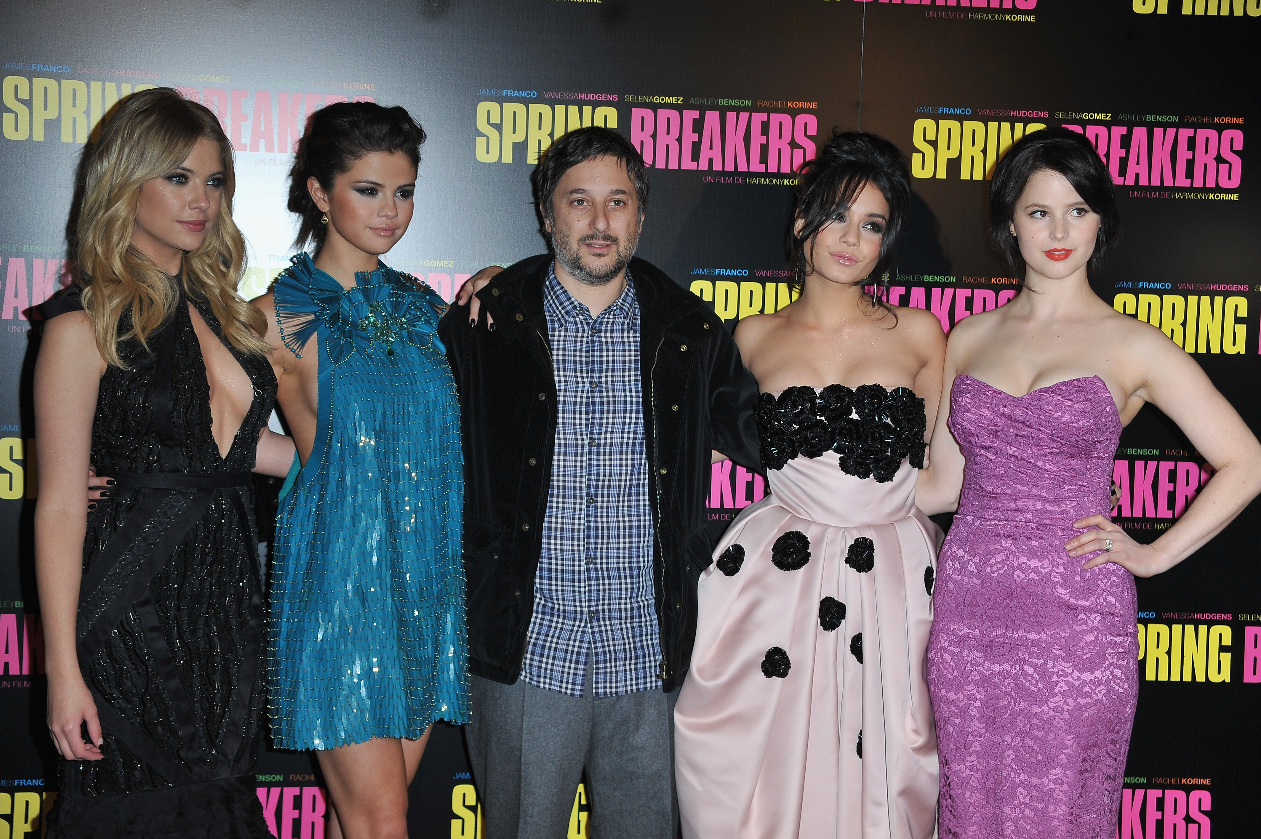Ashley Benson, Selena Gomez, Vanessa Hudgens, and Rachel Korine posed with director and writer Harmony Korine at the Paris premiere of Spring Breakers.