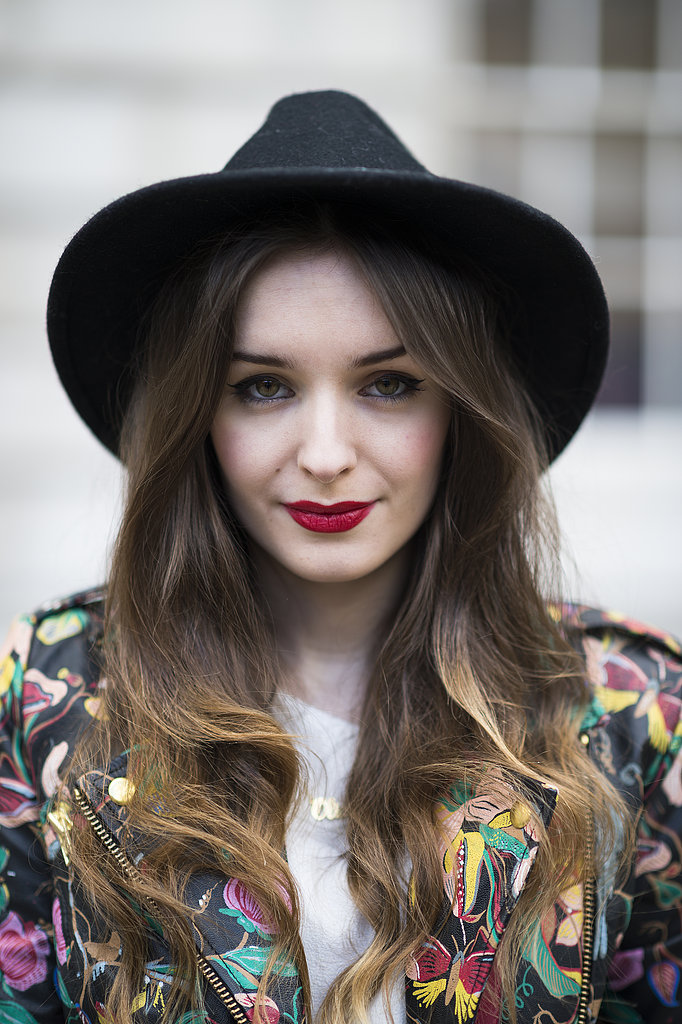 Liner, lipstick, and layers: Olivia Purvis nailed the cool-girl look.  Source: Le 21ème   Adam Katz Sinding