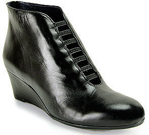 Vaneli for Footnotes - Leonita - Black Leather Wedge Bootie