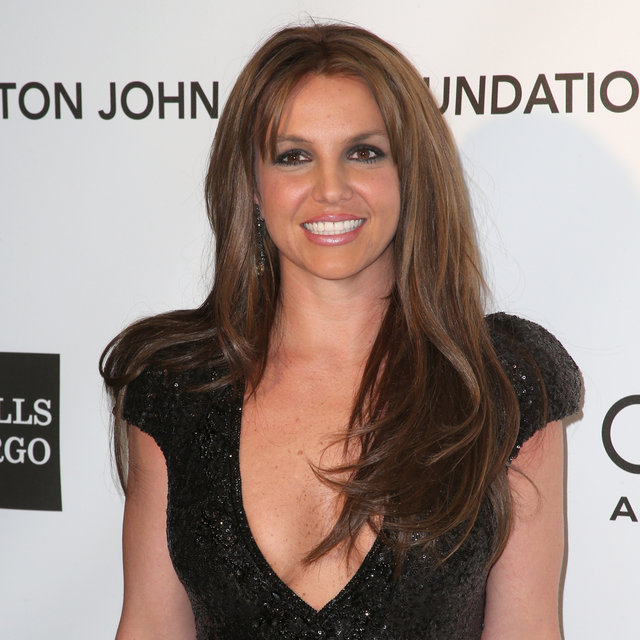 Britney Spears With Brown Hair for the Oscars