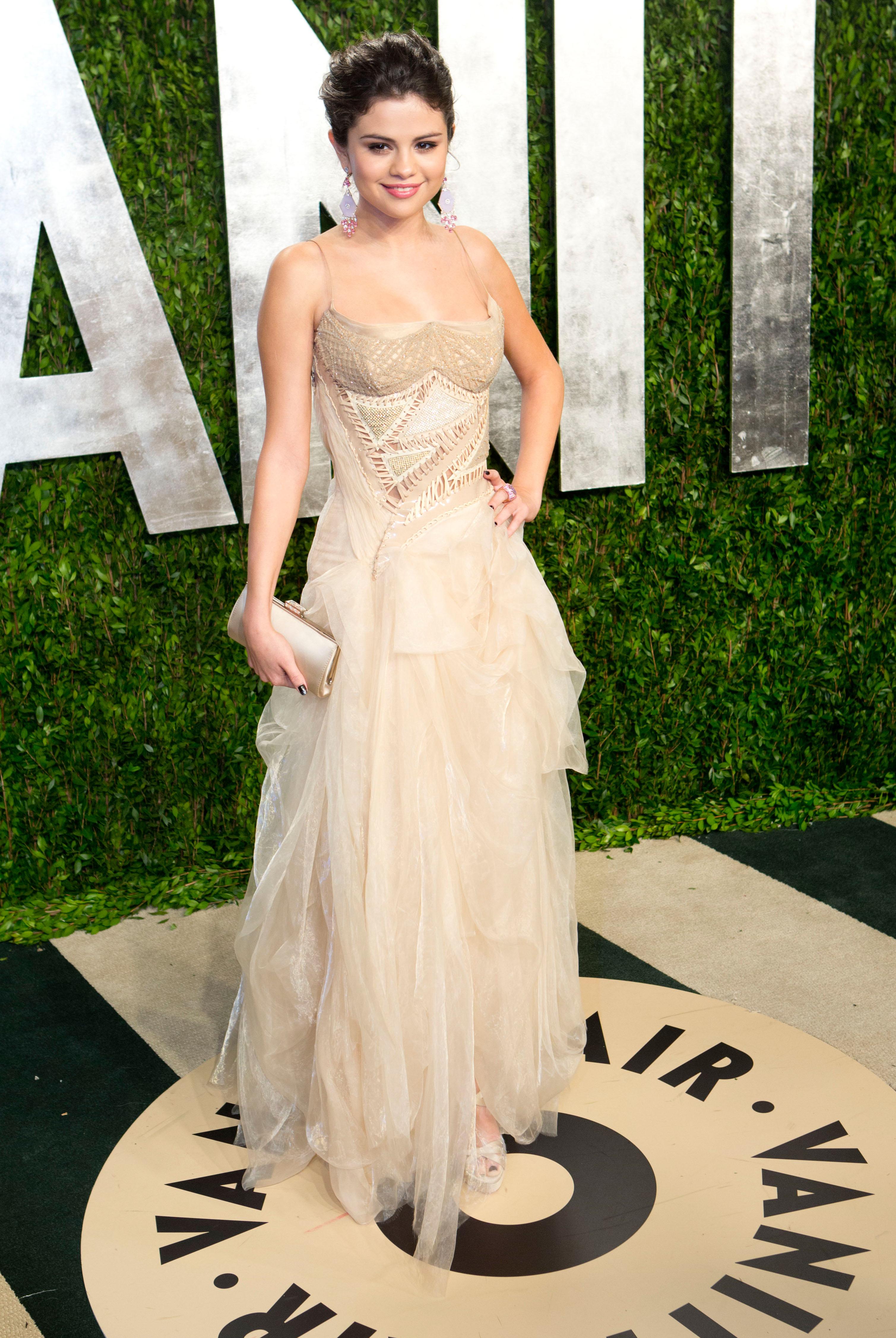Selena Gomez arrived at the Vanity Fair Oscar party.