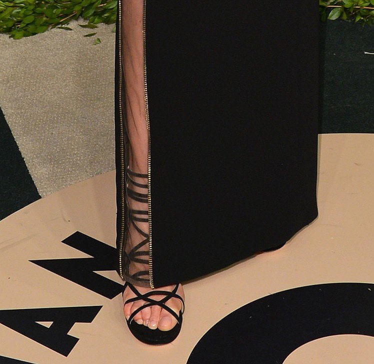 Karolina Kurkova wore strap-happy Jimmy Choo sandals at the Vanity Fair bash.