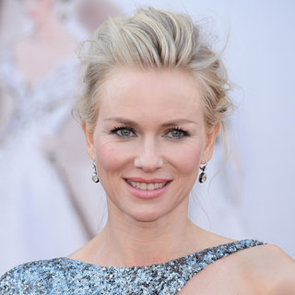 Pictures of Naomi Watts at the 2013 Oscars