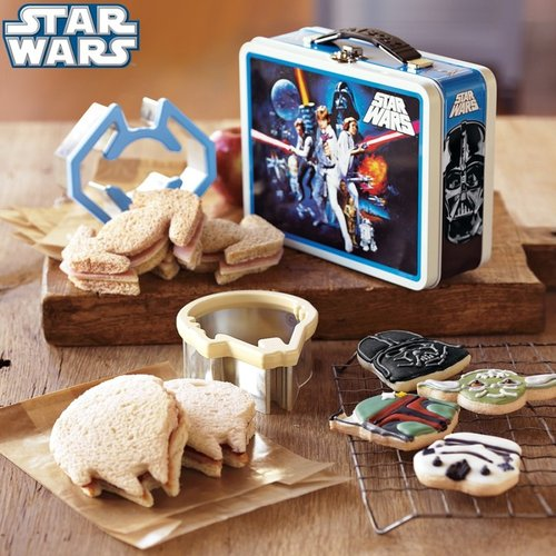 Star WarsTM Sandwich Cutters with Vintage-Style Tin