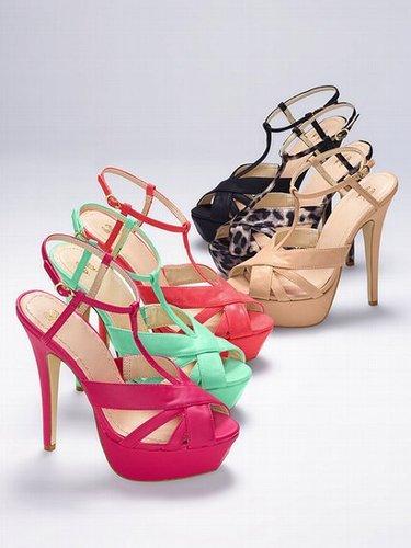 VS Collection Strappy Platform Sandal