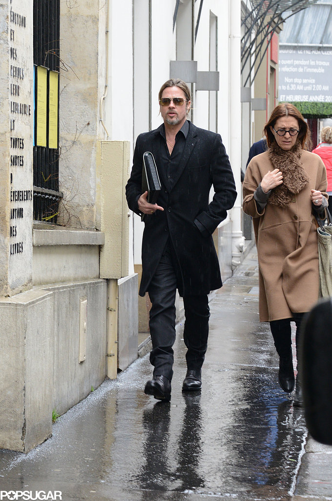 Brad Pitt went shopping with a female friend.