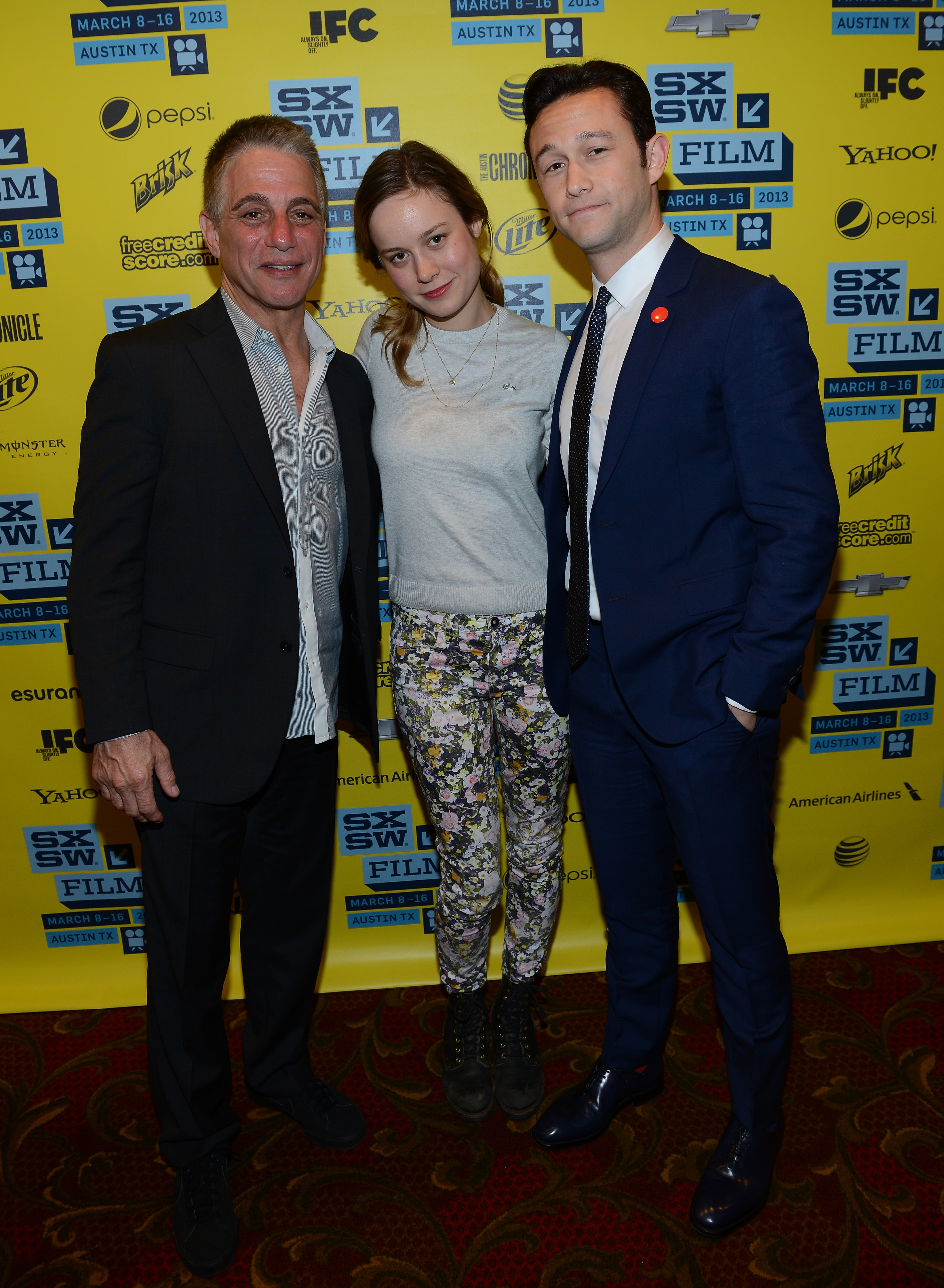 Joseph Gordon-Levitt got together with Tony Danza and Brie Larson for the Don Jon's Addiction red carpet at SXSW.