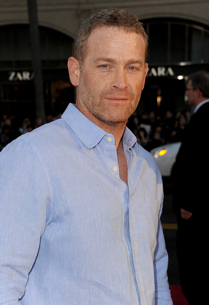 Max Martini posed for the photographers.