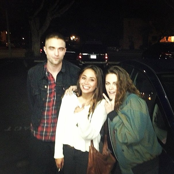 A fan snapped a photo with Robert Pattinson and Kristen Stewart in LA. Source: Instagram user laura_austin